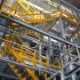 Escalera interior nave industrial